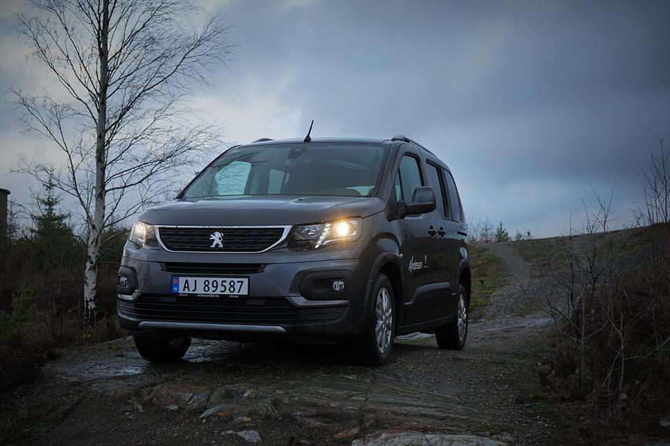 Peugeot Rifter - allsidig, praktisk og høy komfort bilde