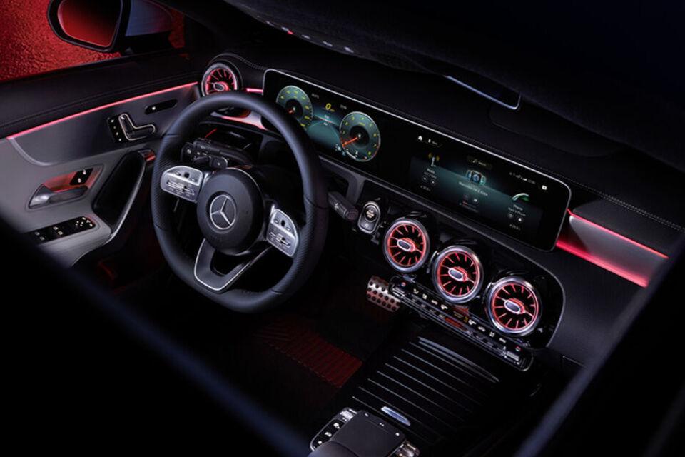 CLA interior_900x600.jpg