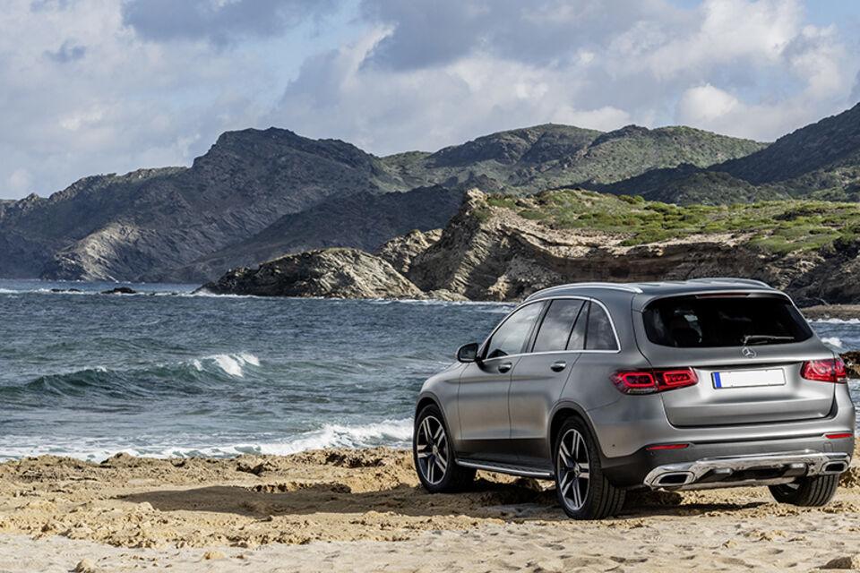 Mercedes benz GLC plugin hybrid SUV 2019 2020