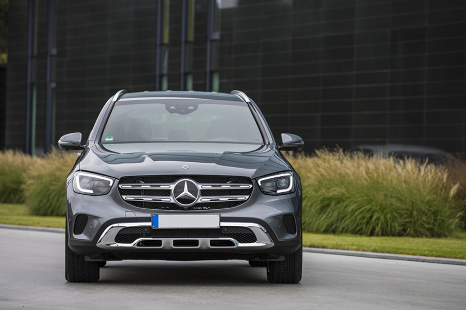 Mercedes benz GLC plugin hybrid SUV 2019 2020